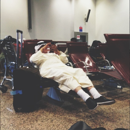 Chillin out, maxin, relaxin. Fairly sure that hand luggage is oversize.