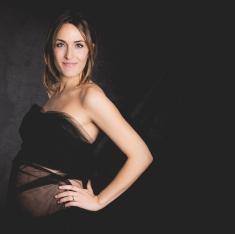 Lindsay Kirkcaldy maternity photographer 2014 Doha Qatar