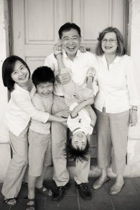 family-photographer-doha-12